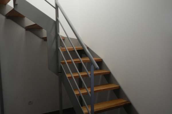 Escalier 2 quarts tournant pinet ferstyle vous pr sente for Photo escalier quart tournant